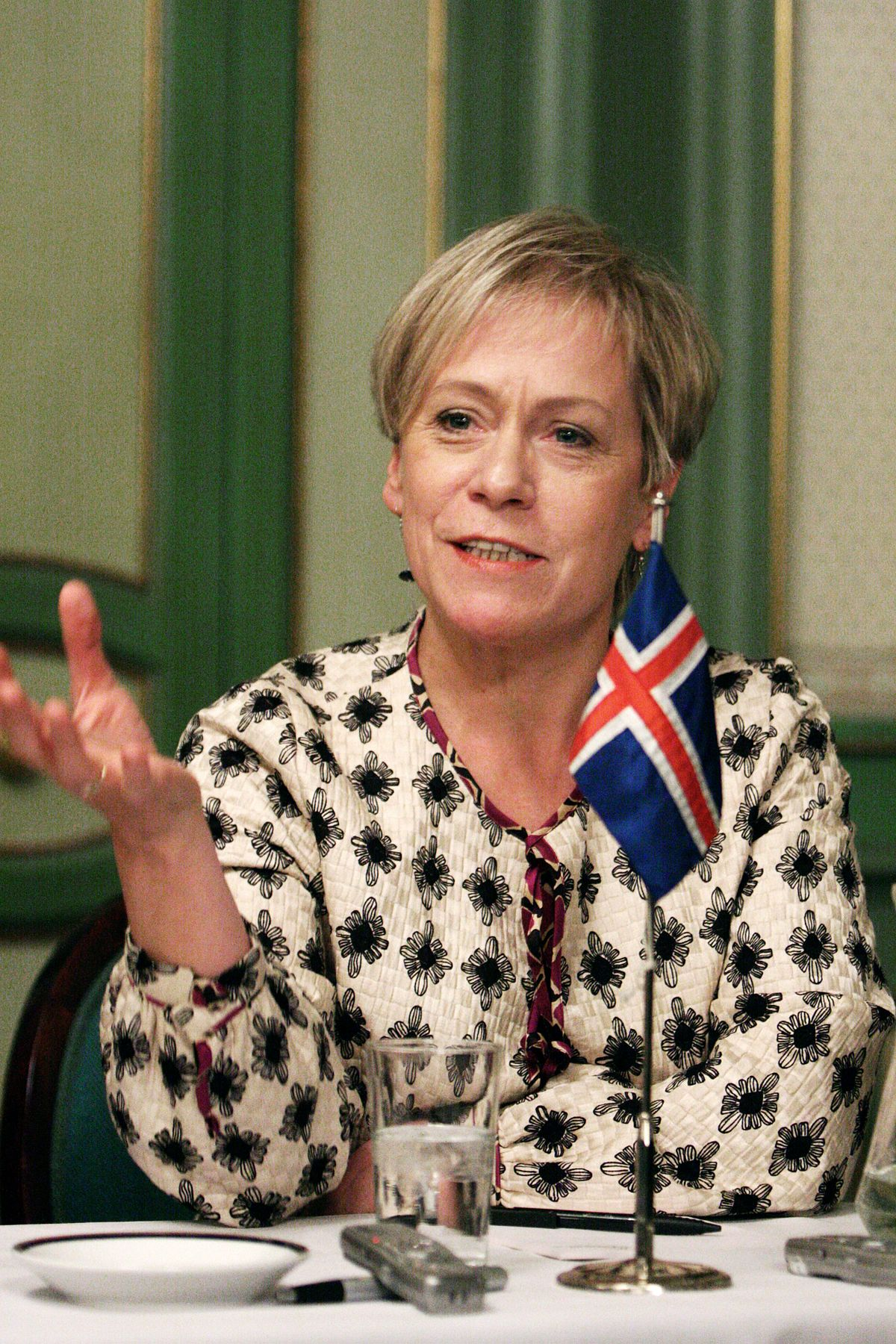 Islands_utrikesminister_Ingibjorg_Solrun_Gisladottir_vid_Nordiska_Radets_session_i_Oslo._2007-10-31._Foto-_Magnus_Froderberg-norden.org